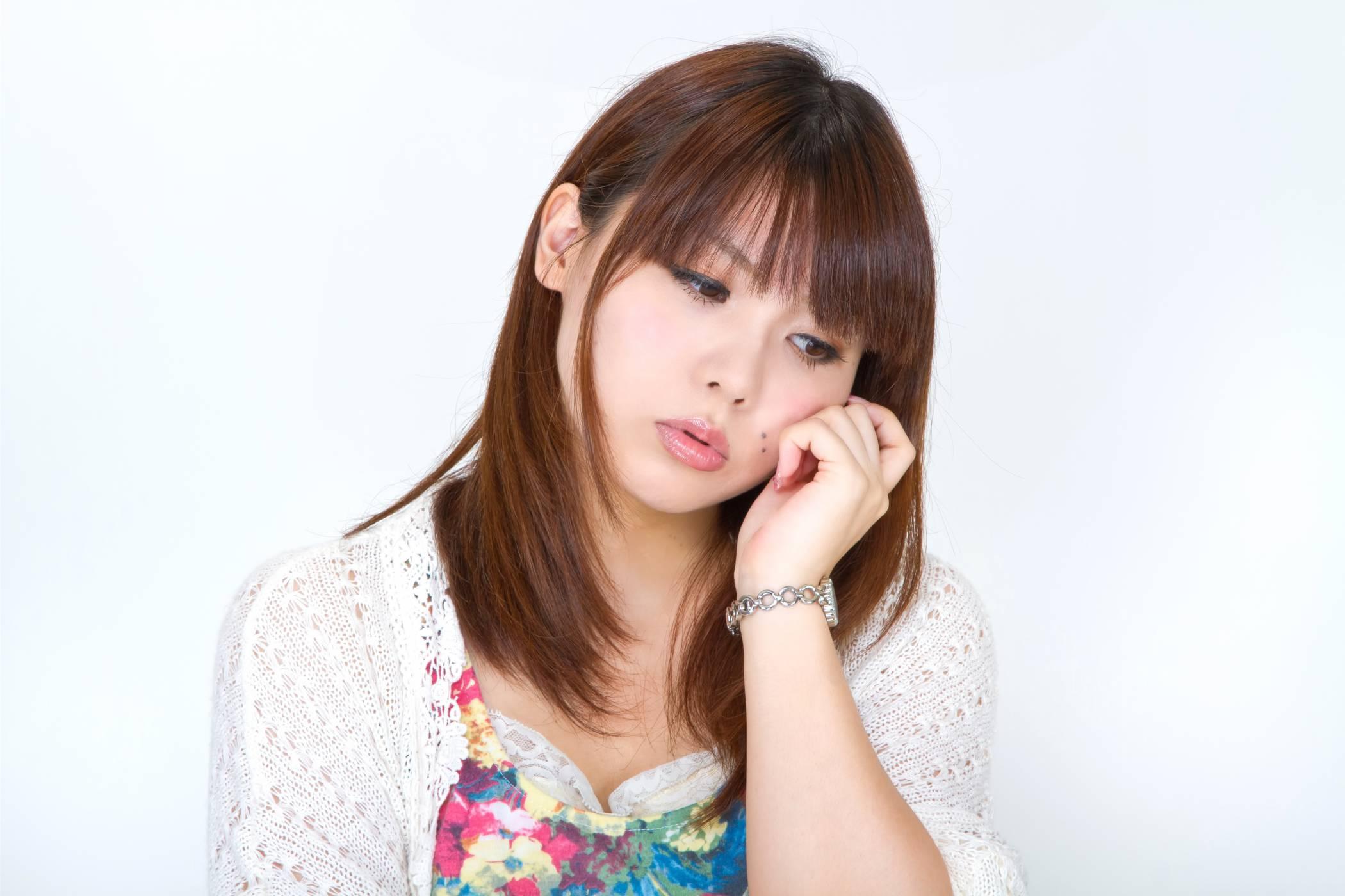 カタル性口内炎、原因は口内の傷!その不快な症状と治療法